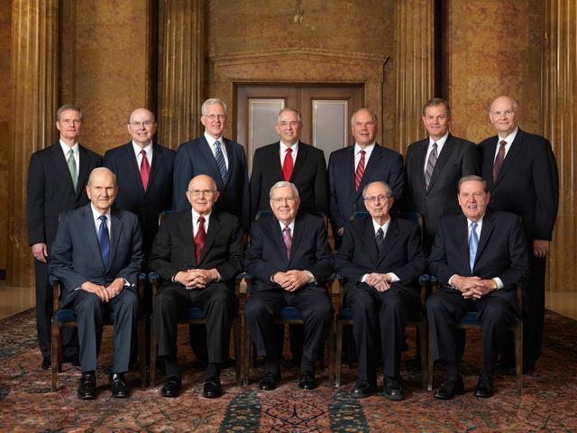 12 apostoli