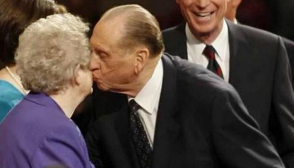 Il consiglio che ha ricevuto il presidente Monson e che ha rafforzato il suo matrimonio